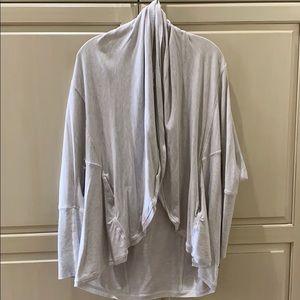 Lululemon sweatshirt wrap